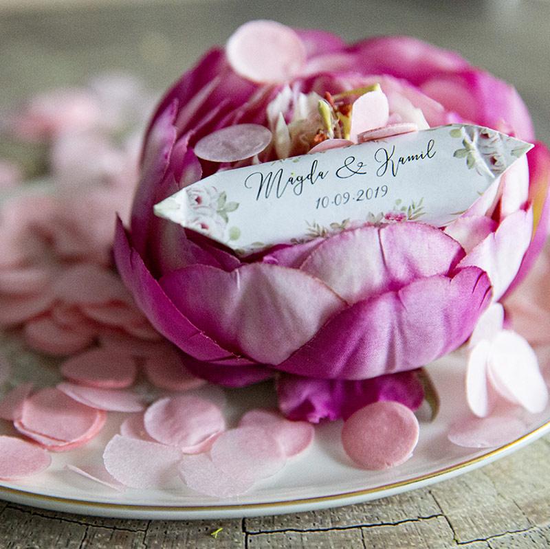 Delikatne,-kwiatowe-krówki-na-ślub