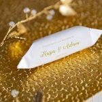 Klasyczne-krówki-ślubne---motyw-złota